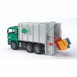 Man rear loading garbage truck (green)